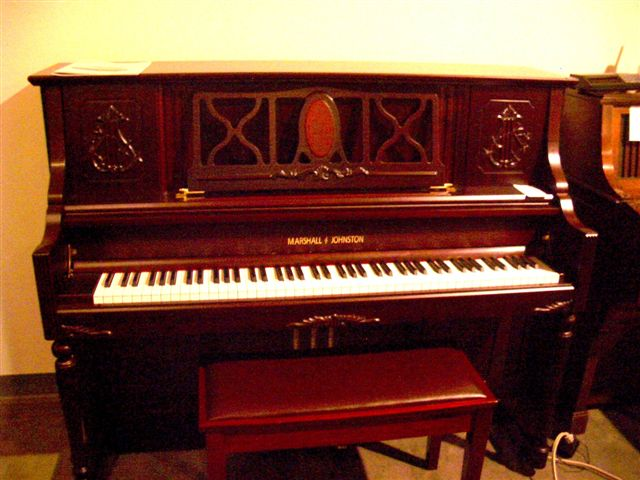 Mahogany MARSHALL & JOHNSTON Piano