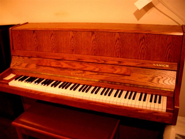 SAMICK Piano For Sale in Seattle